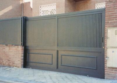 Puerta de garaje casa